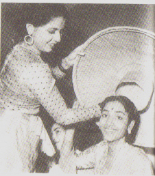 Geeta Bali and Geeta Roy on the set of Baaz