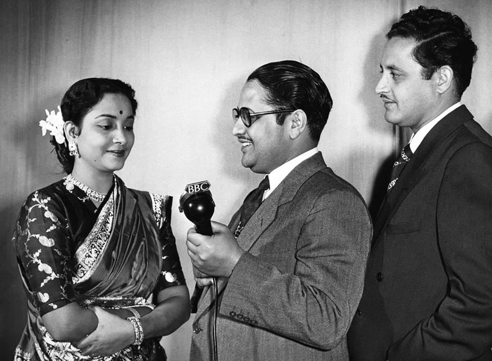 Geeta ji and Guru Dutt with a Radio Announcer (Original B&W Picture)